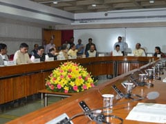 लोकसभा अध्यक्ष ने लोकसभा में राजनीतिक दलों के नेताओं के साथ की बैठक