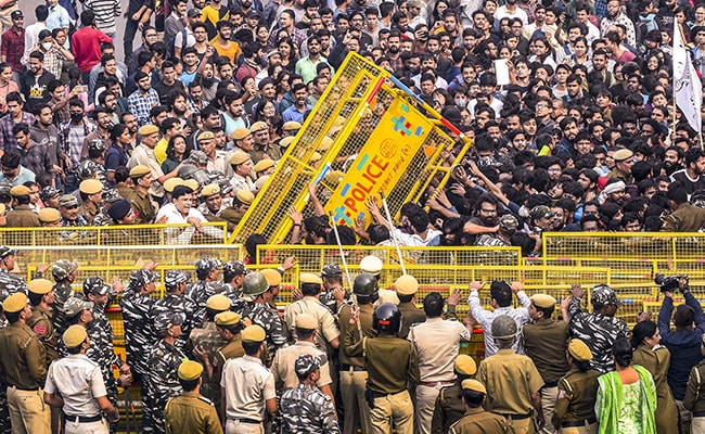600 Cops At JNU, But Students Not Lathicharged, Says Delhi Police: Report