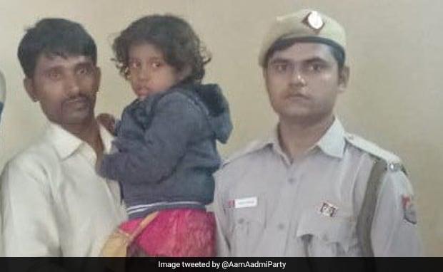 Delhi Bus Marshal Rescues Girl From Kidnapper, Earns Minister's Praise