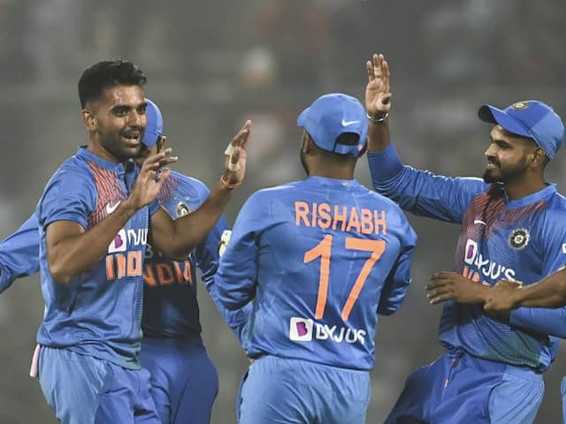"""Deepak Chahar Says """"My Efforts Have Paid Off"""" After Claiming Best-Ever T20I Figures News In Bengali"""