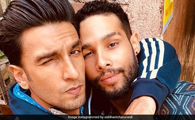 'Ranveer Singh And I Emotionally Made-Out,' Says Gully Boy Actor Siddhant Chaturvedi