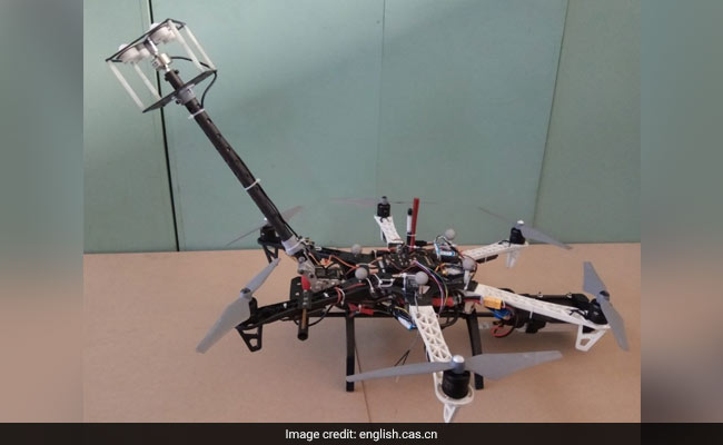 This Flying Robot Can Clean Glass Curtain Walls In High-Rises