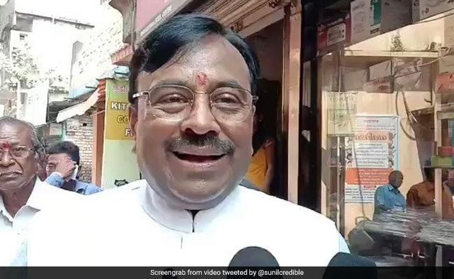 BJP के वरिष्ठ नेता सुधीर मुनगंटीवार का बयान, पार्टी महाराष्ट्र में आज नहीं पेश करेगी सरकार बनाने का दावा