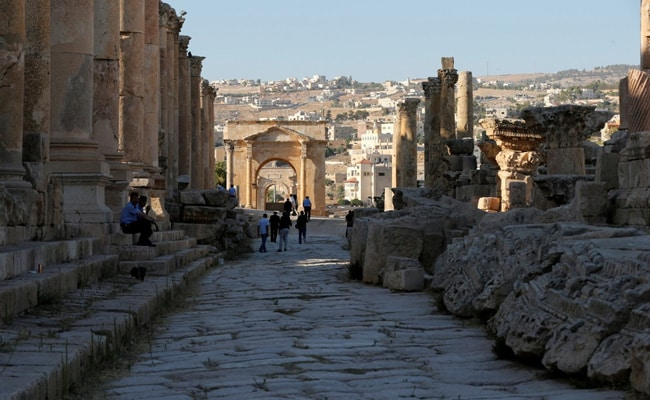 Tourist injured in stabbing attack in Jerash