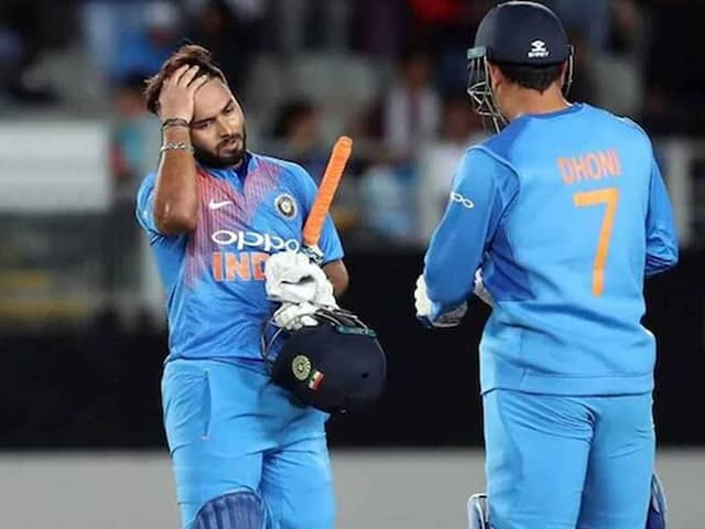 Indian Fans Shouldnt Compare Rishabh Pant With MS Dhoni, Says Adam Gilchrist
