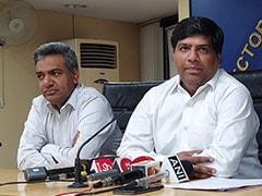 दिल्ली में पानी पर सियासत, गुणवत्ता जांच की टीम में AAP विधायक के नाम पर छिड़ा विवाद