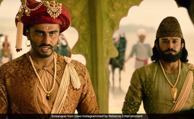 Panipat Trailer Gets A Big Shout Out From Shah Rukh Khan, Akshay Kumar, Alia Bhatt And Other Stars