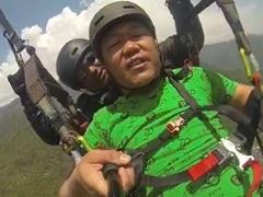 'लैंड करा दे...' Part 2: हवा में पहुंचने के बाद शख्स चिल्लाने लगा- 'कम करो हवा...' वायरल हुआ Video