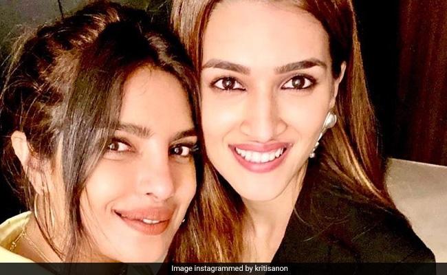 What Panipat Actress Kriti Sanon Said About Comparison With Priyanka Chopra's Character In Bajirao Mastani