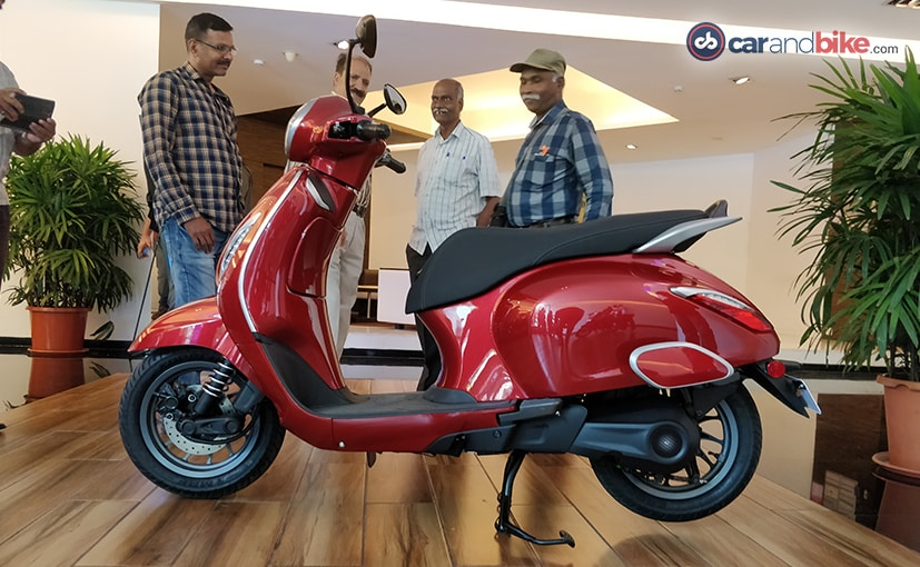 The Bajaj Chetak elecric scooter will be launched January 14, 2020