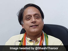 """<i>Tukde-Tukde Gang</i> Exists, They Are Running Government"": Shashi Tharoor After Centre's RTI Reply"