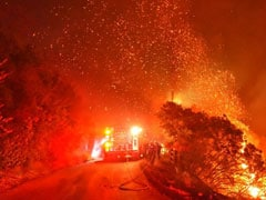 Over 5,000 Flee As Wildfire Rages In California's Resort City