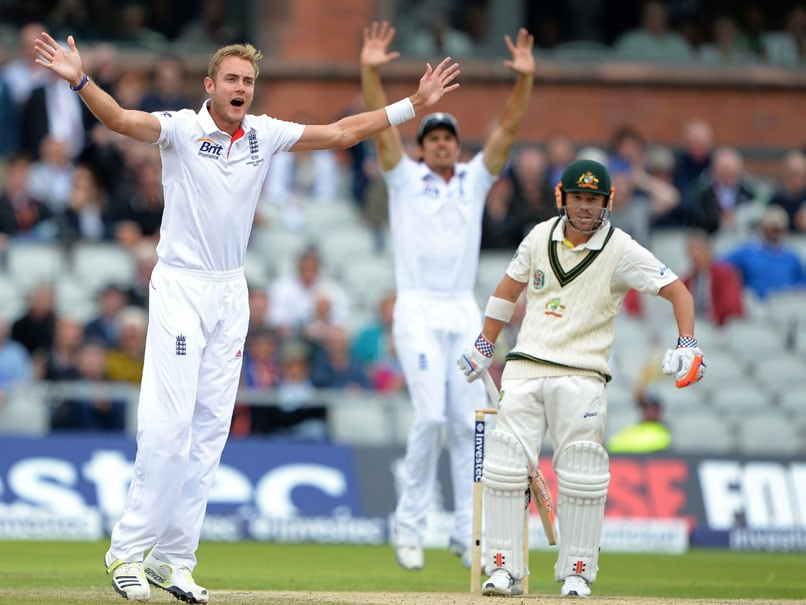"""Fan Suggests Only Way To Get David Warner Out, It Makes Stuart Broad """"Smile"""""""