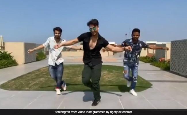 Tiger Shroff Recreates War Song Ghungroo. Dedicates It To Hrithik Roshan And Vaani Kapoor