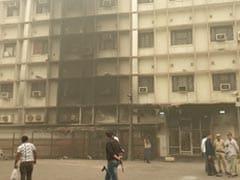 तीस हजारी कोर्ट परिसर में वकीलऔर पुलिस के बीच भिड़ंत मामले पर CJI के घर बैठक, फॉरेंसिक टीम घटनास्थल पर पहुंची