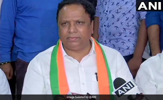 'Ram Prahar Time': BJP Leader On Devendra Fadnavis' Early Morning Oath