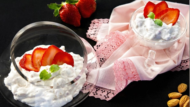Almond Strawberry Cream