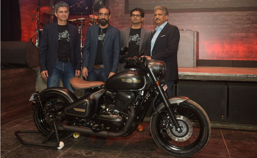 (L-R) Jawa co-founders Boman Irani, Anupam Thareja, Ashish Joshi and Anand Mahindra with the new Perak