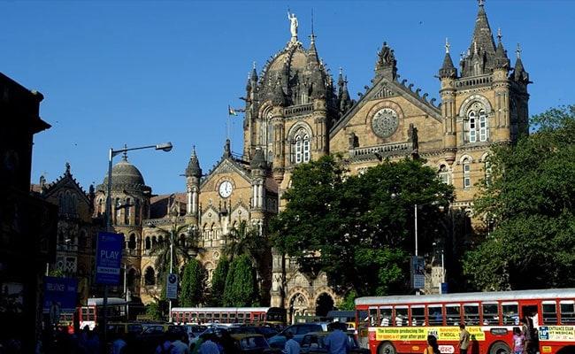 BJP-शिवसेना की 'दोस्ती' टूटने के बाद मुंबई में BMC के ठेकेदारों पर इनकम टैक्स की रेड