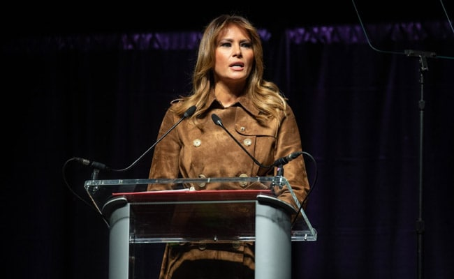 Melania Trump draws some boos at youth summit in Baltimore