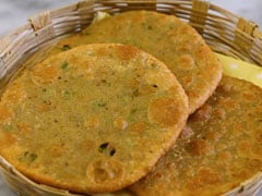 Winter Special: Make This Crispy And Delicious Matar Poori A Part Of Your Winter Diet