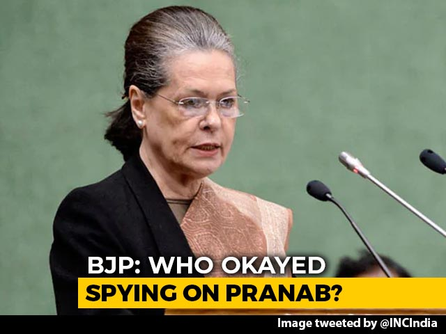 "Video : ""Shameful"": Sonia Gandhi Slams Centre Over WhatsApp Snooping Row"