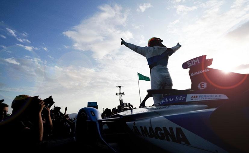 BMW Andretti's Alexander Sims won the second 2019/20 Formula E Diriyah e-Prix.