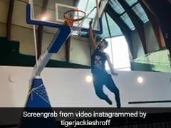 टाइगर श्रॉफ ने बास्केटबॉल के गेम में मचा डाली धूम, इस अंदाज में की बास्केट Video कर देगा हैरान