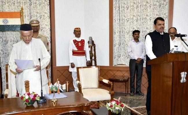 BJP सांसद का दावा, 40 हजार करोड़ रुपये ट्रांसफर करने के लिए देवेंद्र फडणवीस बने थे 80 घंटे के लिए  सीएम