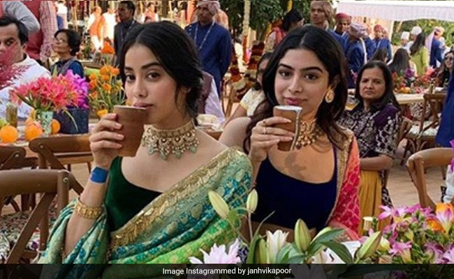 Janhvi Kapoor's Birthday Wish For Sister Khushi Shows Just How Much She Misses Her