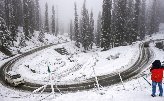 Drass Remains Frozen At Minus 24.1 Degrees As Cold Wave Persists In North India