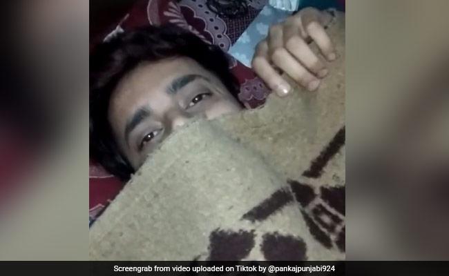 TikTok Viral Video: लड़के के पिता ने उठाया गर्लफ्रेंड का कॉल, बोली- 'सोना बाबू...', मिला ऐसा जवाब