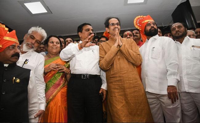 மகாராஷ்டிரா அரசில் சிவசேனாவுக்கு உள்துறை, NCP-க்கு நிதி, காங்.க்கு வருவாய்த்துறை!!