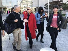 """My 82-Year-Old Bones Hurt"": Jane Fonda After Night In Jail Over Climate Protest"