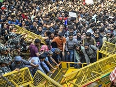 4 Major Metro Stations In Delhi Shut Gates Amid JNU Students' Protest