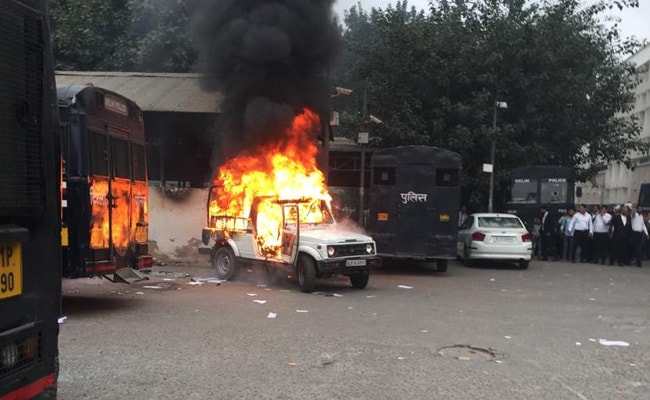 Delhi Police Submits Report On Clashes At Tis Hazari Court To Home Ministry