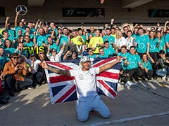 Lewis Hamilton And Family Celebrate Sixth FI Crown In New York