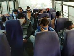 दिल्ली से कनाडा के लोगों को ठगने वाले कॉल सेंटर का भंडाफोड़, 32 गिरफ्तार