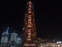 शाहरुख खान के रंग में रंगा दुबई का 'बुर्ज खलीफा', देखने पहुंची लोगों की भारी भीड़...देखें वायरल Video