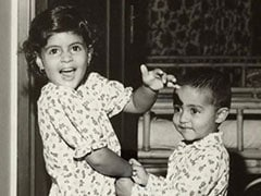 This Pic Of Shweta And Abhishek Bachchan 'In Their Prime' Is Today's Dose Of Cuteness
