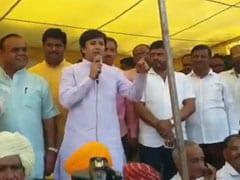 किसानों के मुद्दे पर आमने सामने BJP-कांग्रेस, 'बल्लामार' MLA आकाश विजयवर्गीय बोले- पता है हम खाली हाथ नहीं घूमते