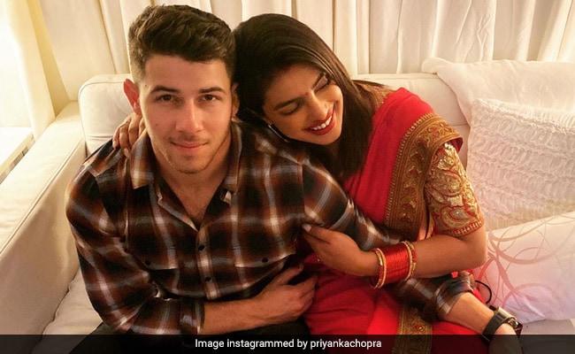 'ছেলে' কোলে প্রিয়াঙ্কা! দেখুন Viral Pics