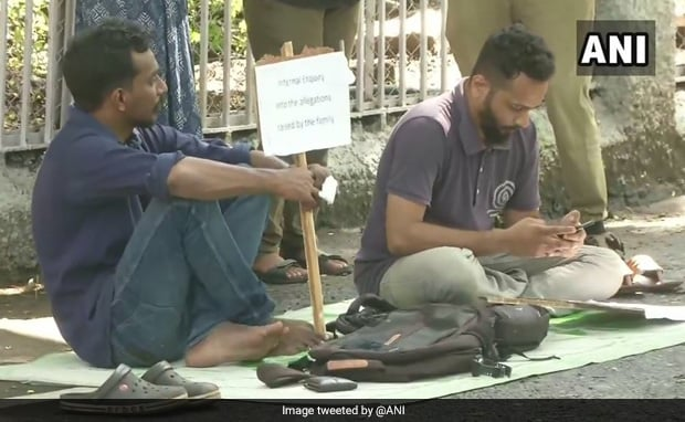 2 Students Begin Hunger Strike To Protest Suicide In IIT Madras