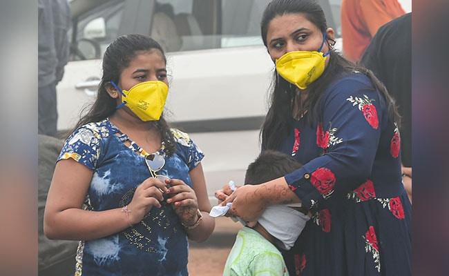 दिल्ली में वायु गुणवत्ता पिछले तीन साल में सबसे खराब स्तर पर, सांस लेना हुआ दूभर