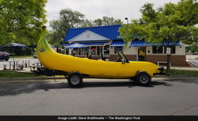 Man Driving Banana Car Pulled Over. Then Cop Did Something Unexpected