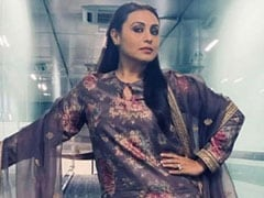 Rani Mukerji, Ranveer Singh In Same Sabyasachi Kurta? 'Who Wore It Better' <i>Banta Hai</i>