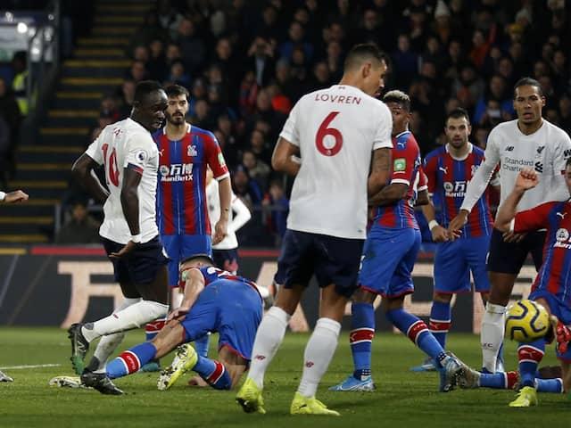 Premier League: Liverpool Late Show Sinks Crystal Palace, Arsenal Hold Southampton