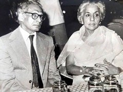 Abhishek Bachchan Remembers Grandfather Harivansh Rai Bachchan On His 112th Birth Anniversary: 'Still Missed'