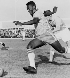Watch: Pele Scored His 1000th Goal On This Day, 50 Years Ago