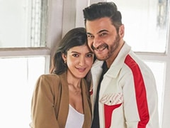 Shanaya Goes To Paris Ball, 'Her First Dance Will Be With Me', Says 'Proud Father' Sanjay Kapoor